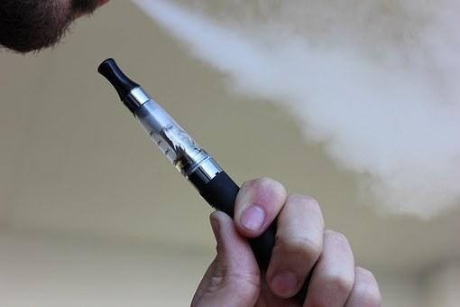 e-cigarette-1301664__340